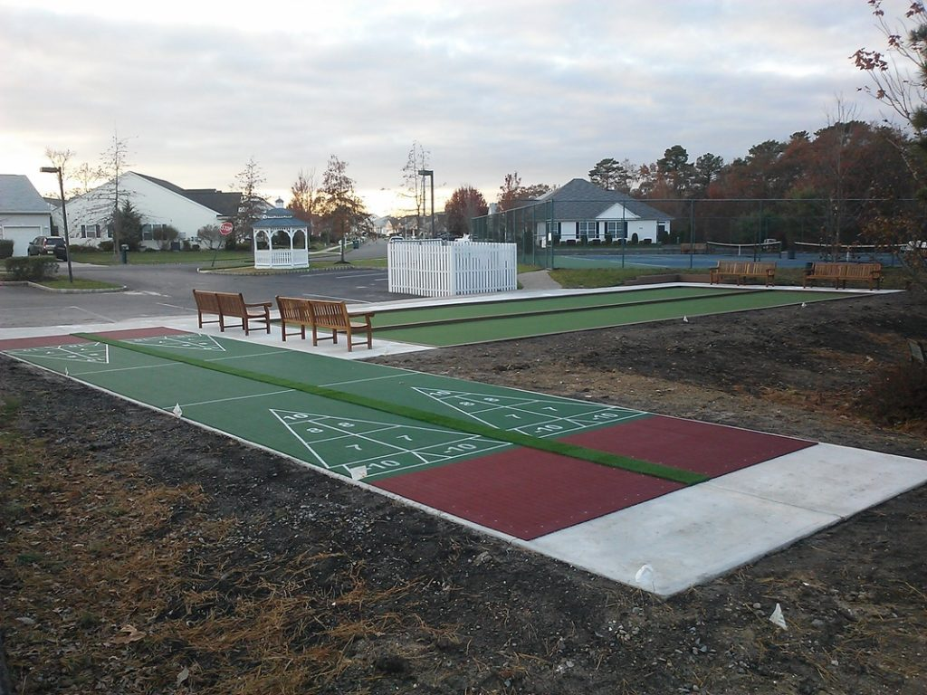 New Jersey bocce courts and shuffleboard